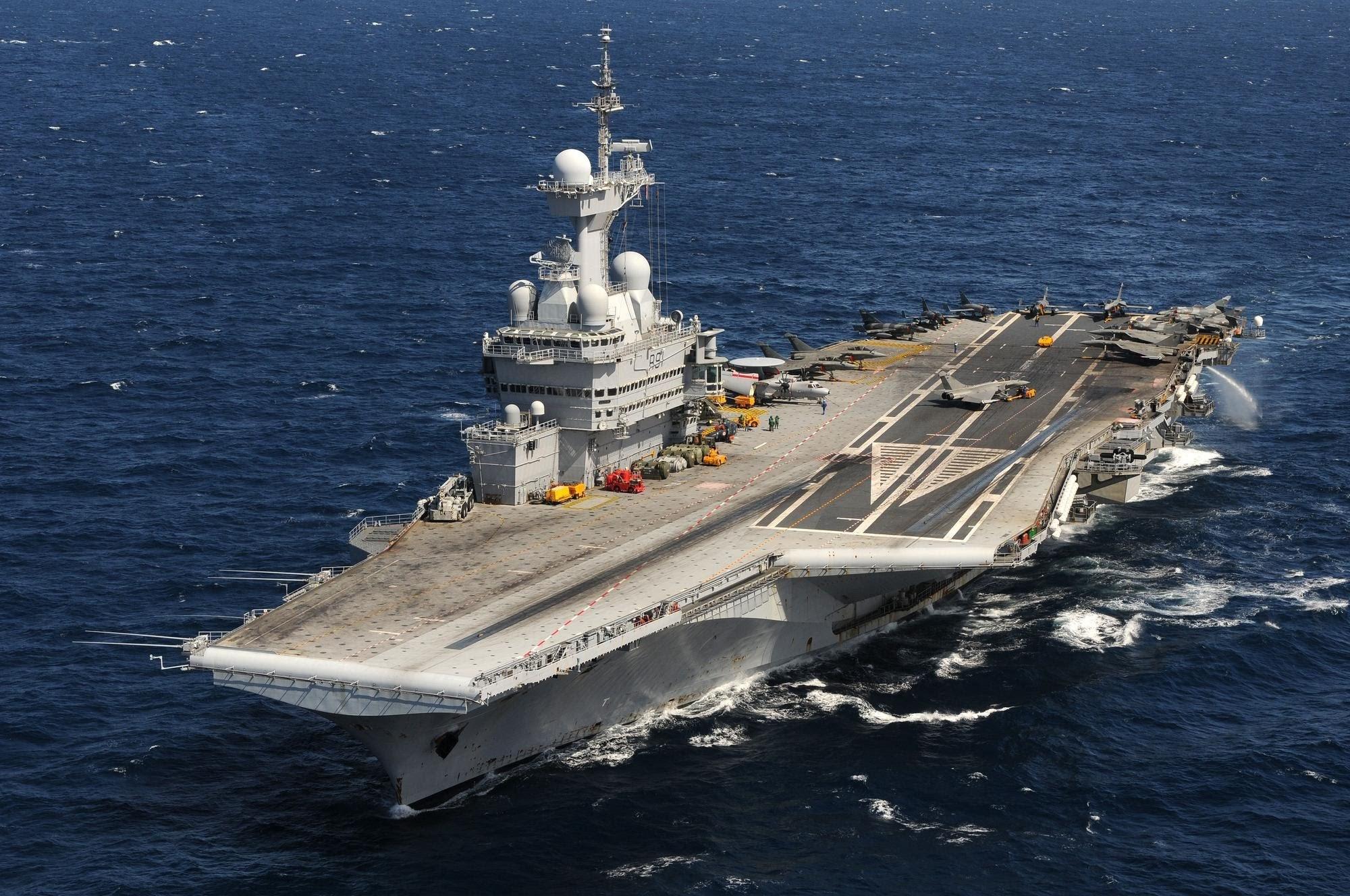 portaaviones Francia