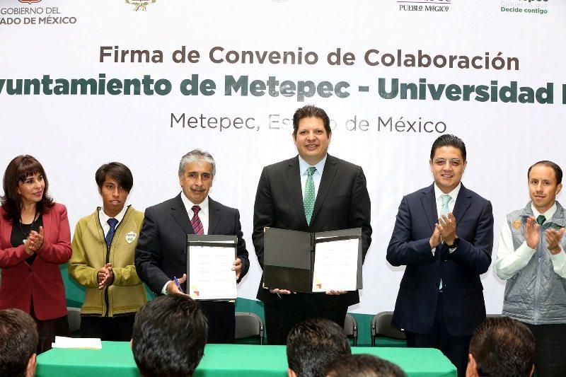 Firma de Convenio entre Ayuntamiento y la UDEM (1)