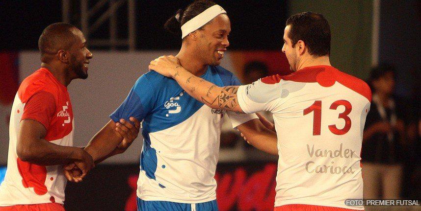 Ronaldinho-cinco-goles