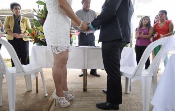 boda-gay-carcel-610x389