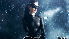 anne-hathaway-catwoman-wallpaper-6