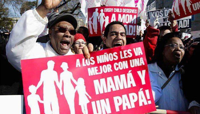 En al menos 12 entidades hubo marchas contra el matrimonio igualitario