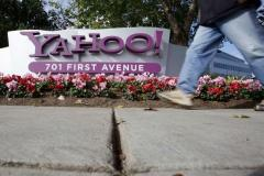 yahoo_layoffs_caps201_81454
