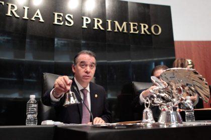 Peña Nieto propone a Raúl Cervantes como titular de la PGR