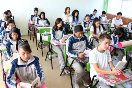 Fortalecen planteles educativos en Ecatepec