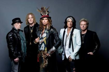 Aerosmith viene a incendiar el escenario por última vez