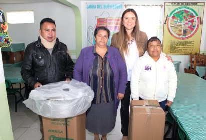 Contribuye el DIF de Metepec con equipamiento de desayunadores escolares