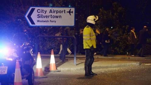 """Evacuan y cierran aeropuerto de Londres por """"incidente químico"""""""