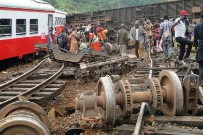 Más de 75 muertos por descarrilamiento de tren en Camerún