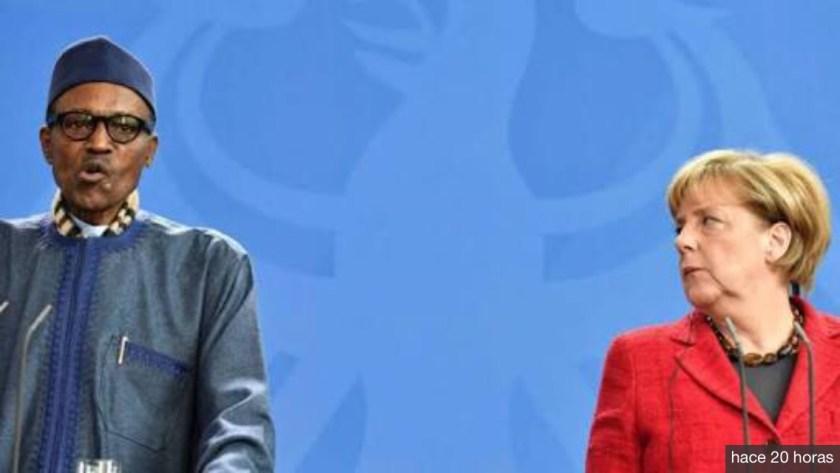 Ante Merkel el presidente de Nigeria afirma que el lugar de su mujer es la cocina