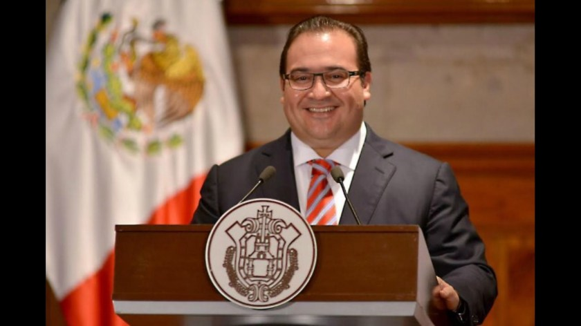 Congreso de Veracruz recibe renuncia de Duarte