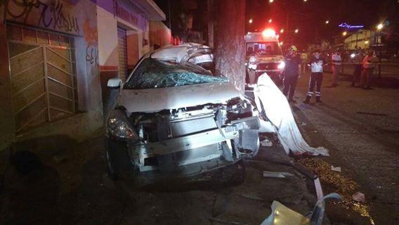Mueren seis jóvenes en accidente automovilístico | León Gto.