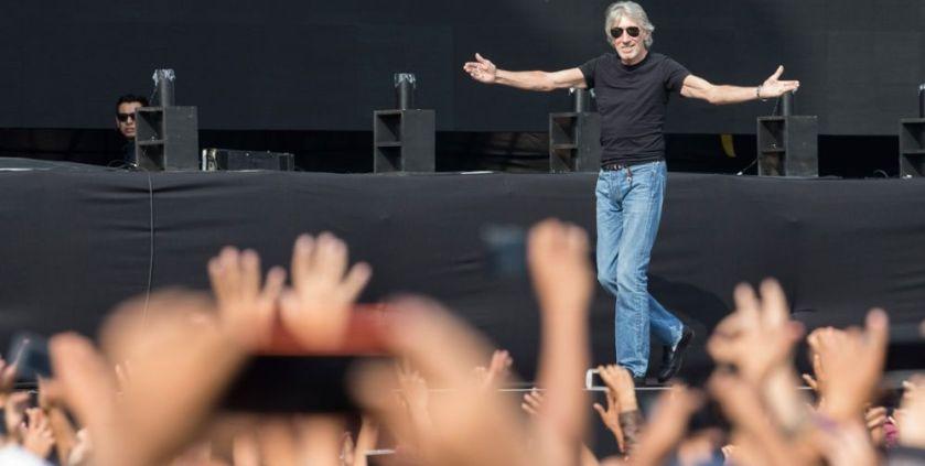 El bombardeo político de Roger Waters en el Zócalo