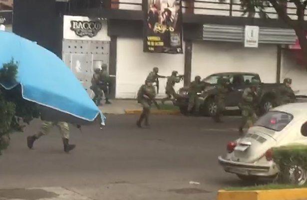 Detienen a dos policías rurales en Uruapan