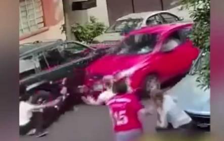 Detienen a persona que atropelló a familia en la ciudad de México