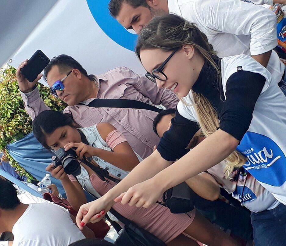 Belinda reúne víveres en Cuernavaca para damnificados