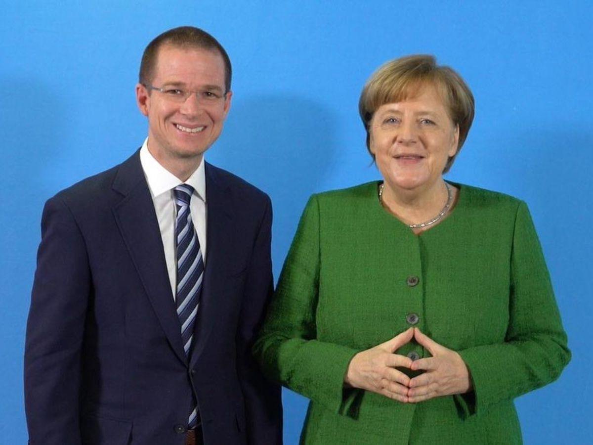 Ricardo Anaya se encuentra con Angela Merkel