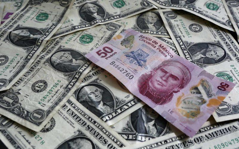 Dólar se cotiza en 18.60 en casas de cambio del AICM