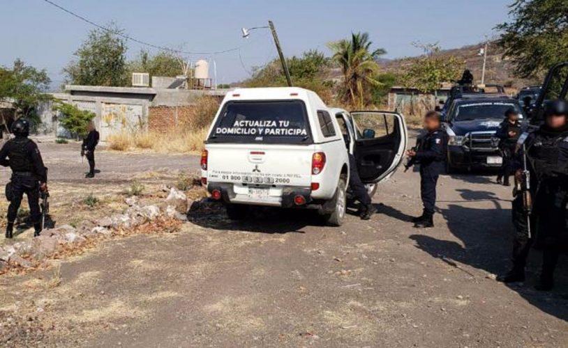 Grupo armado roba 2 vehículos oficiales del INE en Morelos