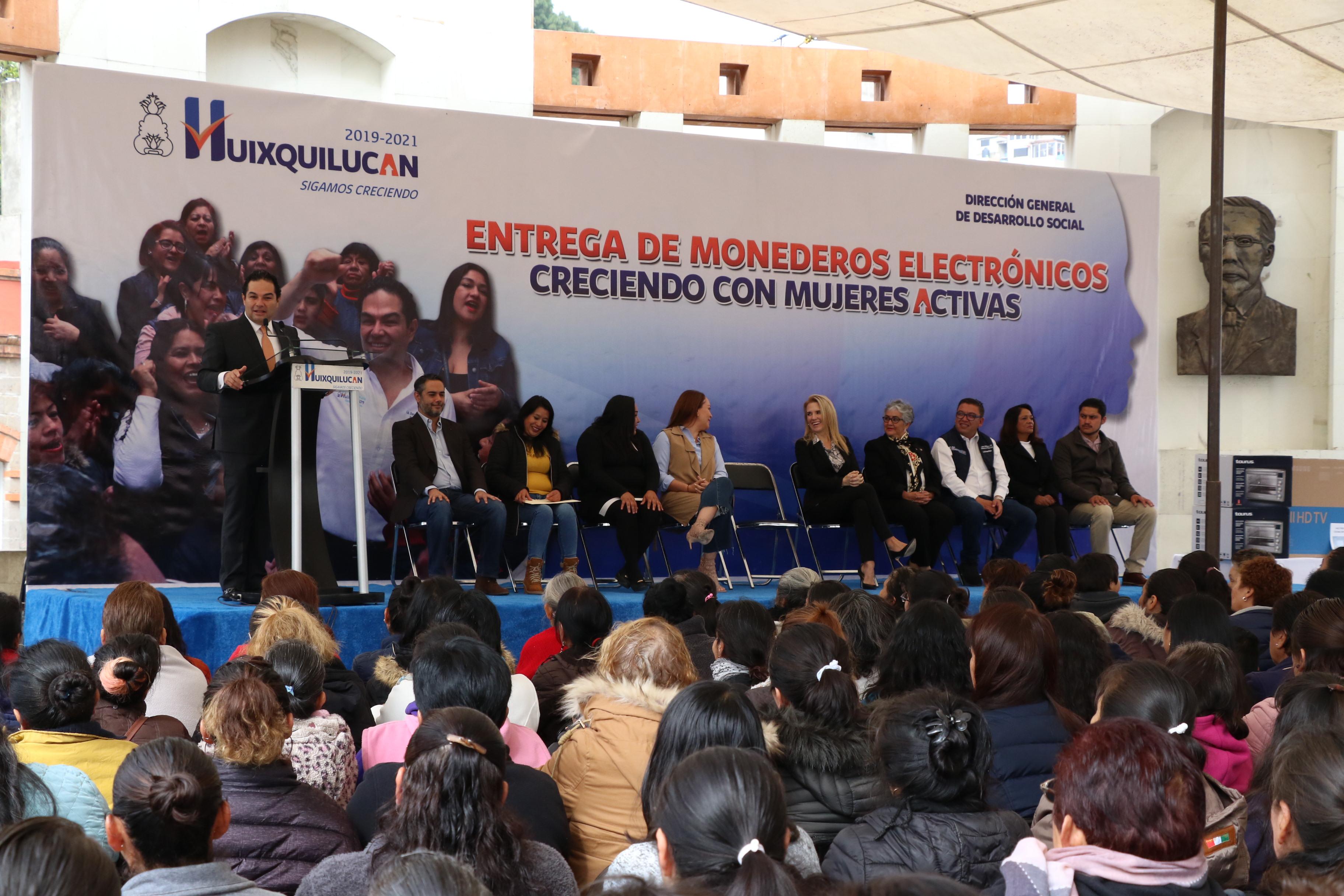 Fortalecen los programas sociales en Huixquilucan