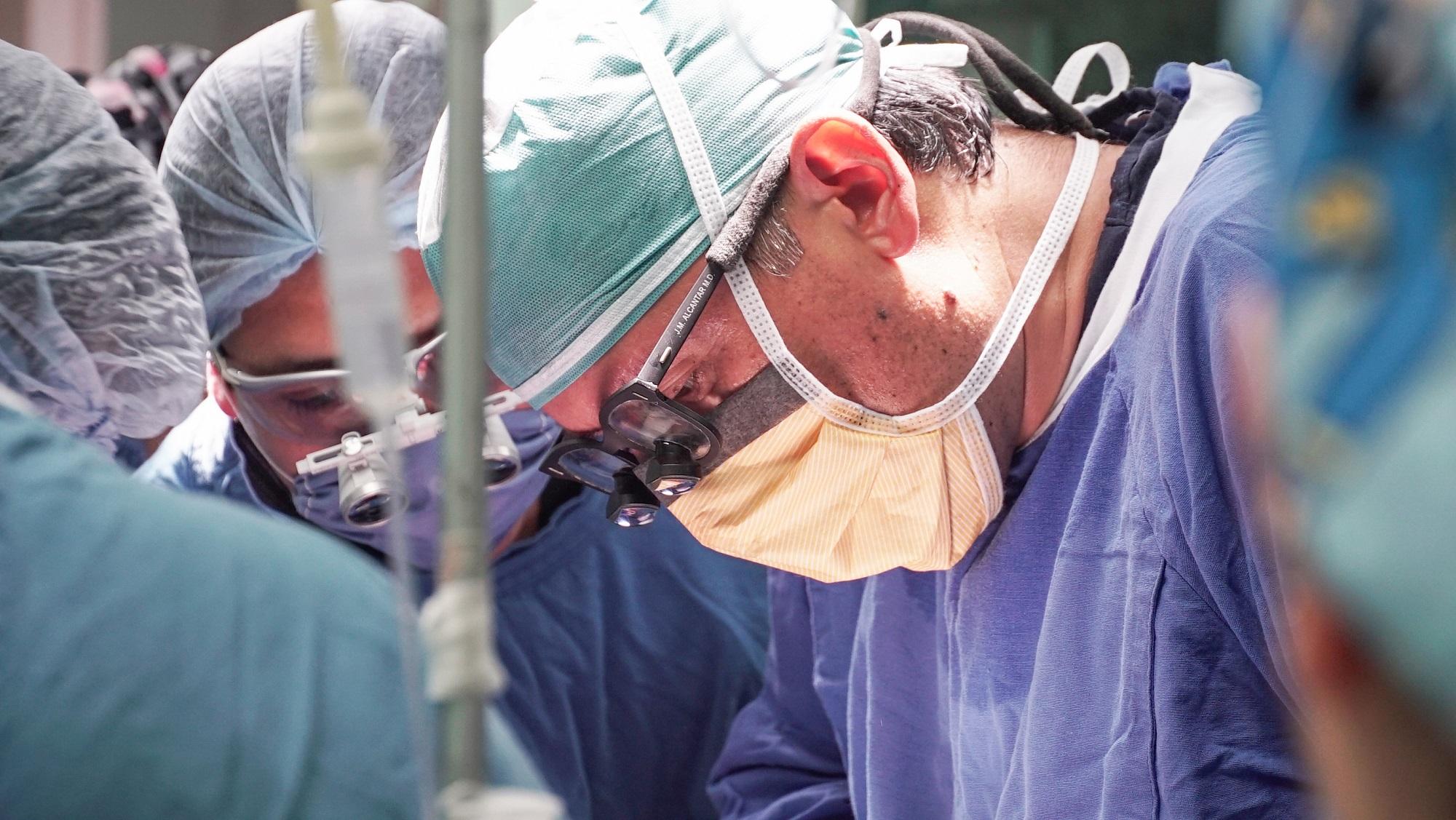 Reconstruye ISEM glándulas mamarias a mujeres sobreviventes de cáncer