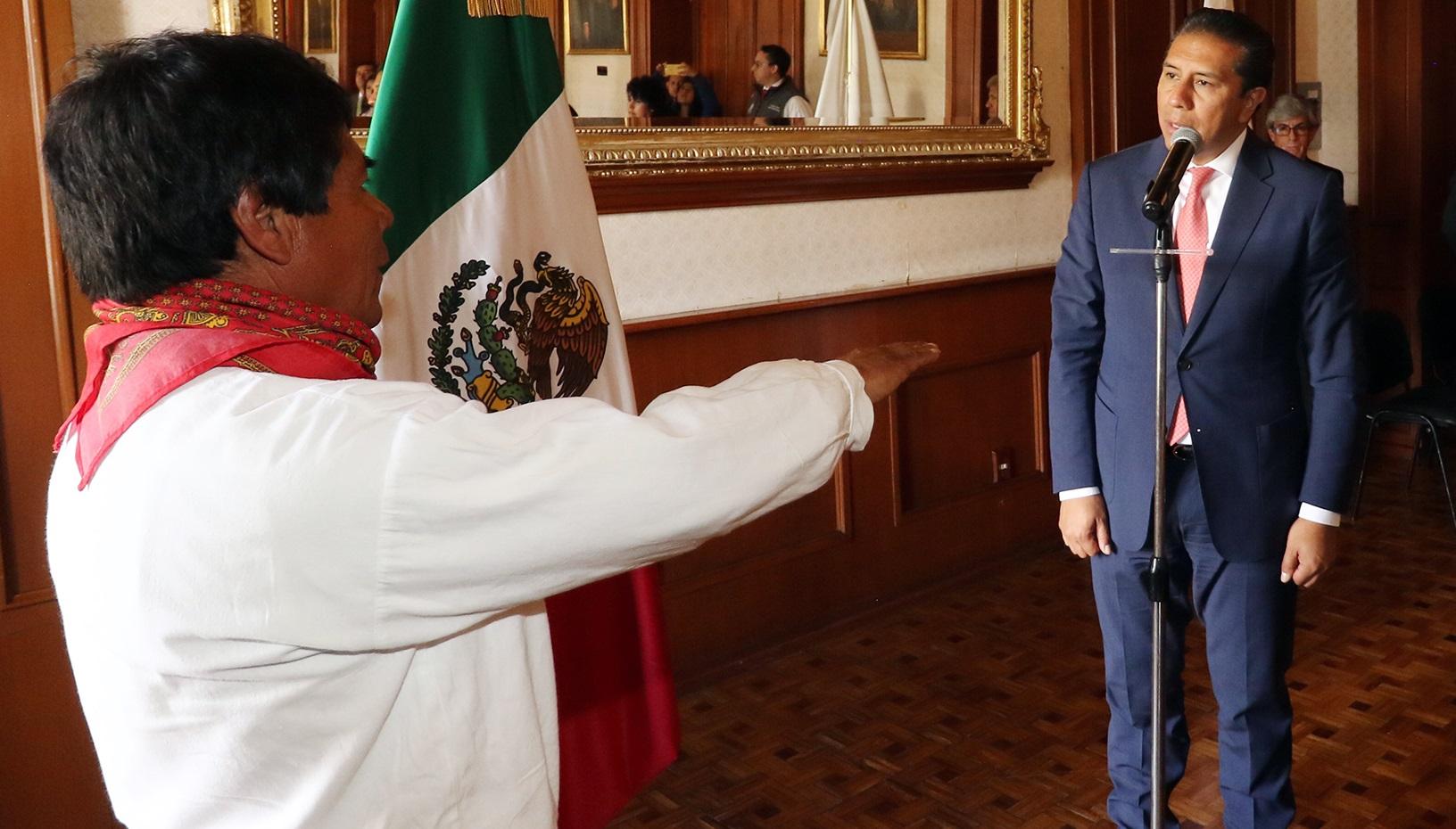 Juan García Atilano, representante indígena ante el Ayuntamiento de Toluca