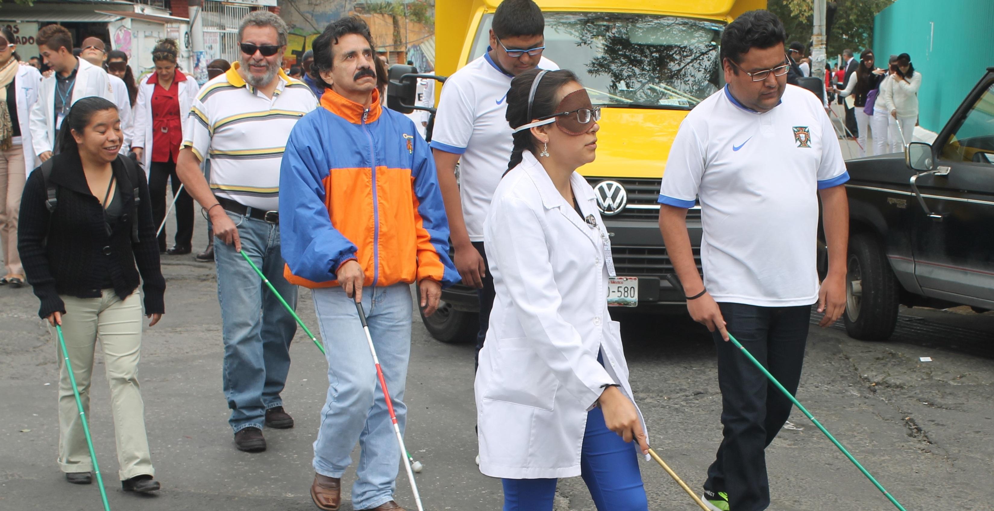 """Invitan a participar en la Caminata por el """"Día Internacional del Bastón Blanco"""""""