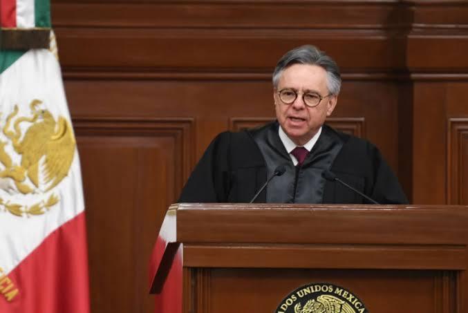 El Presidente aceptó la renuncia del Ministro. La dimisión, la primera desde que en 1994 se reformó a la Corte, ocurre en el marco de una indagatoria contra el ministro por lavado, a cargo de la Unidad de Inteligencia Financiera
