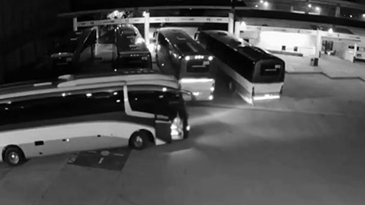 Los 92 operadores y autobuses retenidos por estudiantes de la Escuela Normal Rural Lázaro Cárdenas del Río, de Tenería, en Tenancingo, Estado de México, serán liberados de manera inmediata
