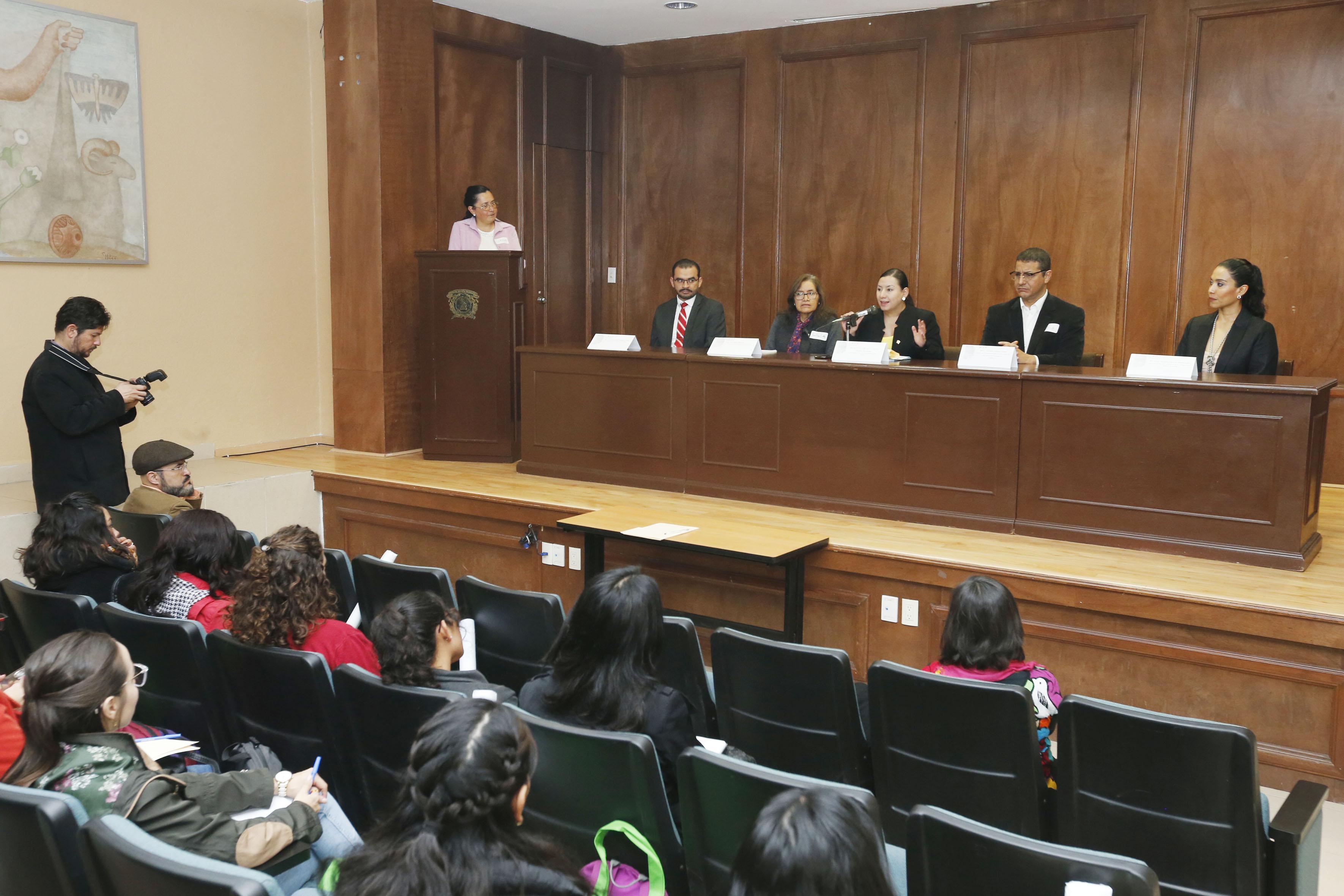 Realizó UAEM Seminario de Formación de Habilidades Profesionales con Perspectiva de Género