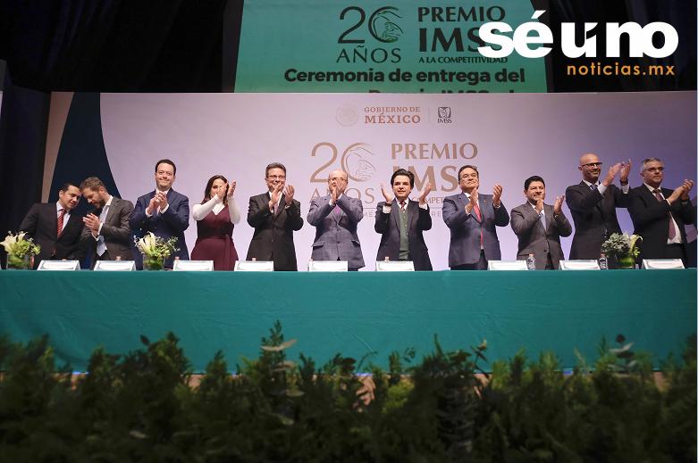 Galardona IMSS la competitividad de las Delegaciones Estatales