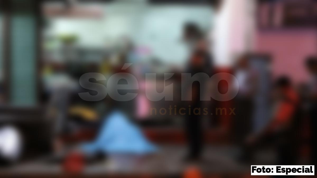 Dos presuntos extorsionadores son asesinados en una taquería de Acapulco