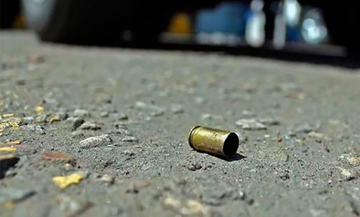 IMSS salva vida de mujer luego de que una bala perdida impactará su cabeza