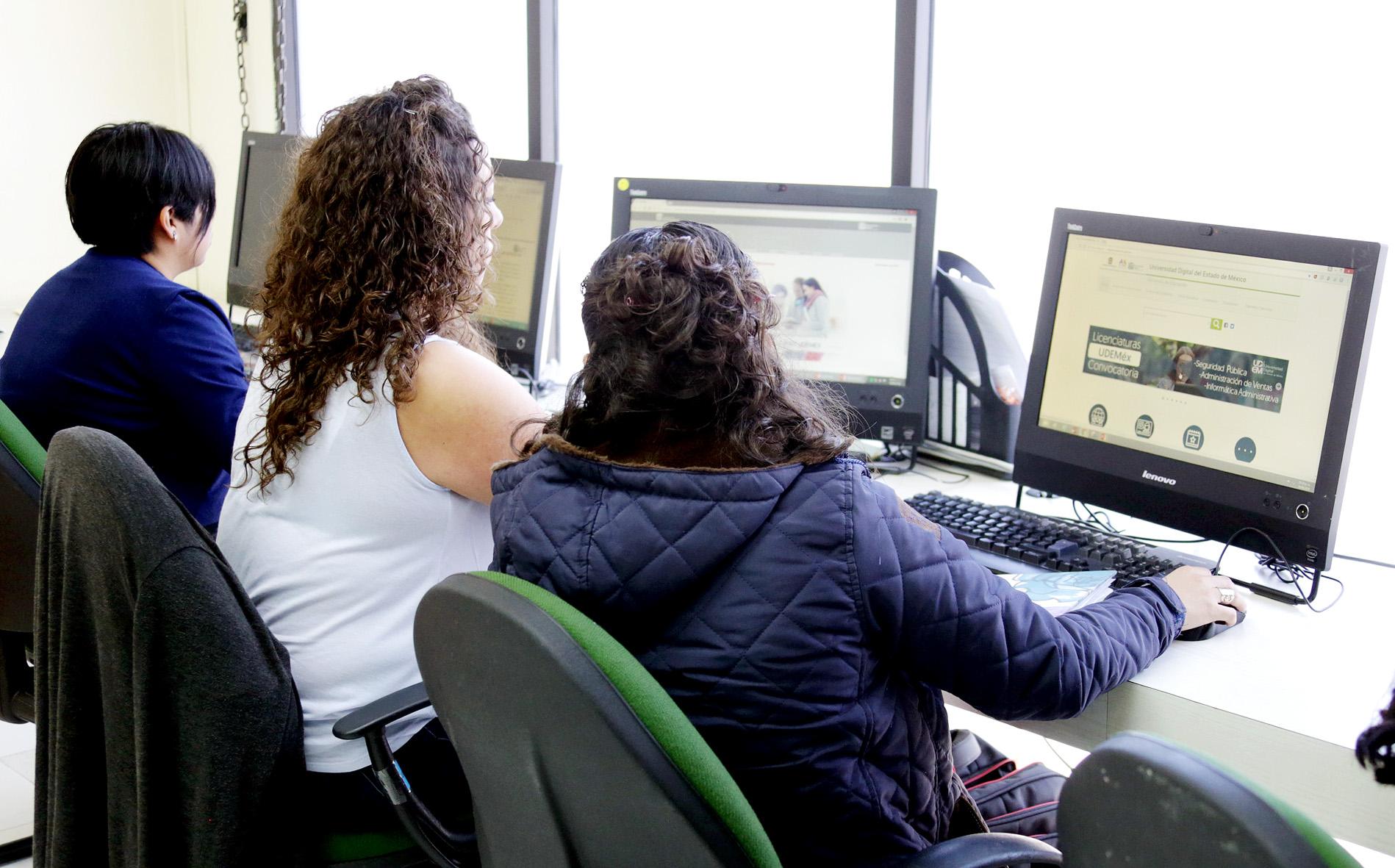Ofrece Universidad Digital educación en línea a todo el Edoméx
