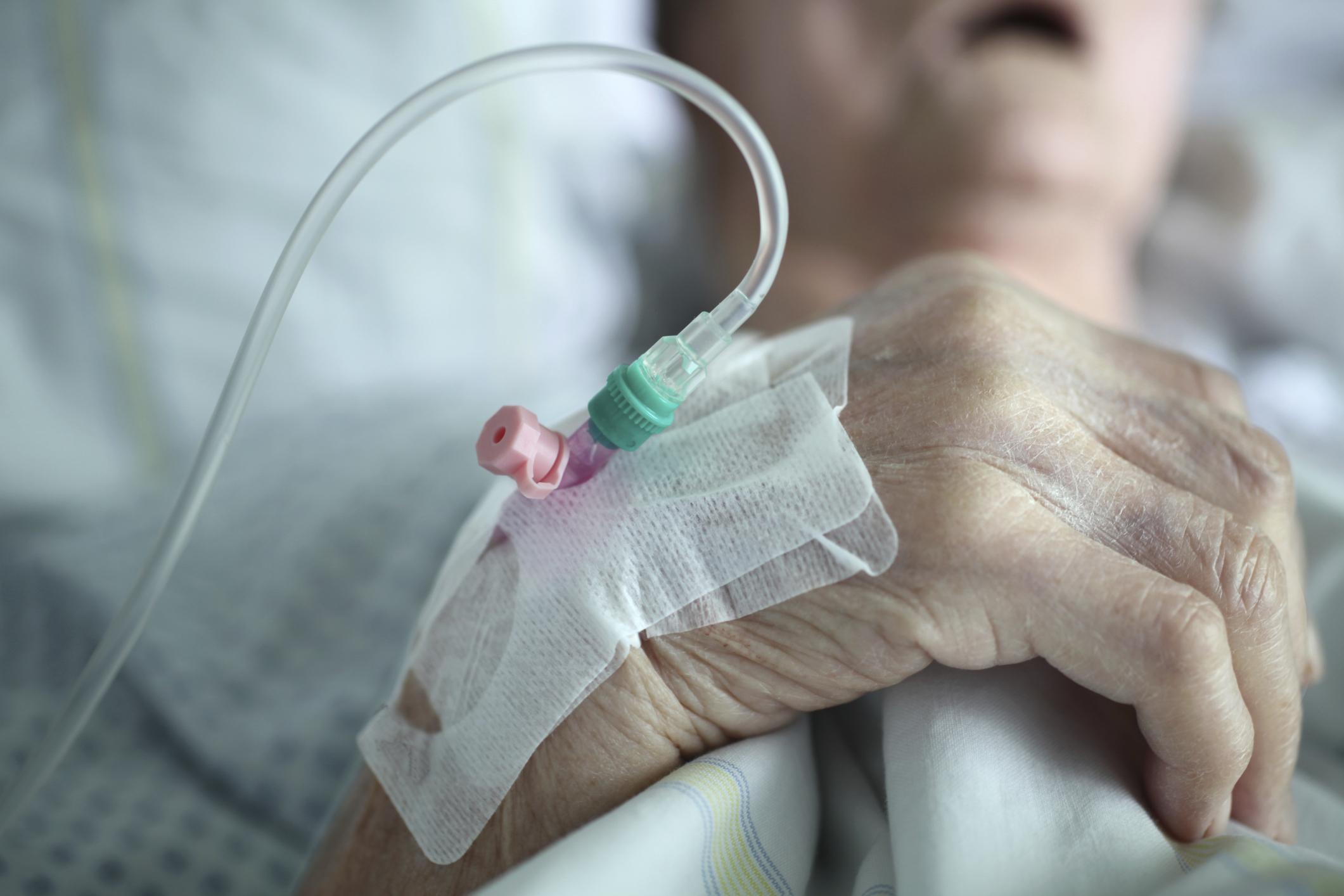 Senado aprueba muerte digna para enfermos terminales