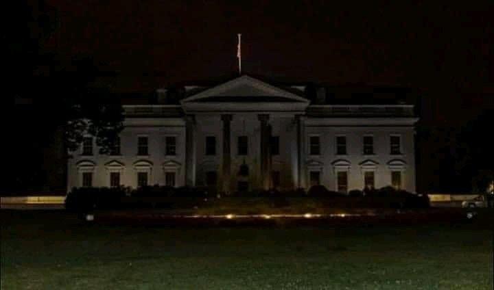 Levan a Trump al búnker de la Casa Blanca tras protestas en Estados Unidos