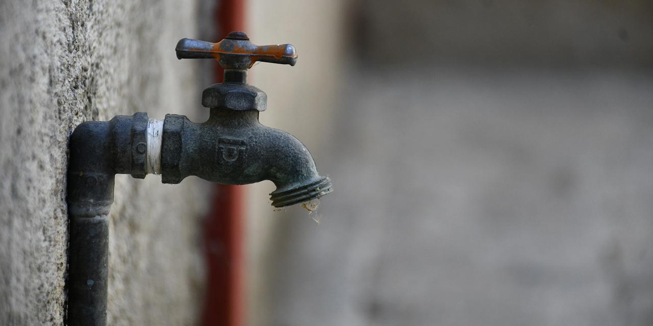 Sin agua